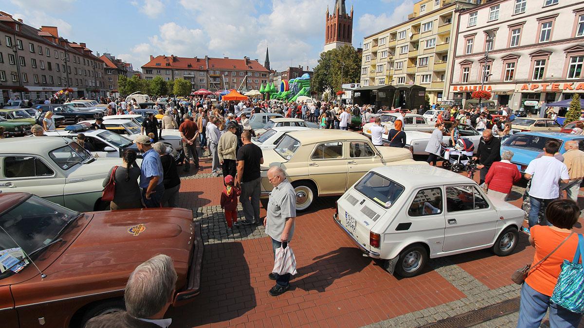 Czym jest samochód dla różnych pokoleń Polaków?