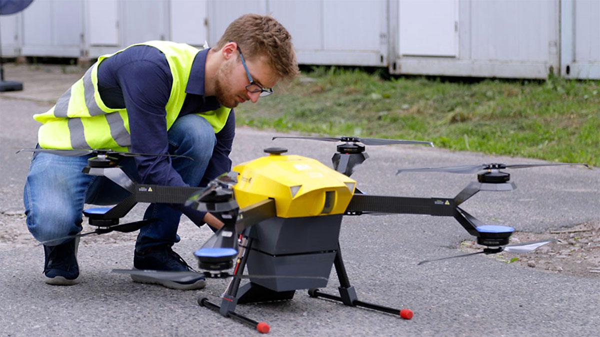 W Polsce dezynfekują już za pomocą dronów