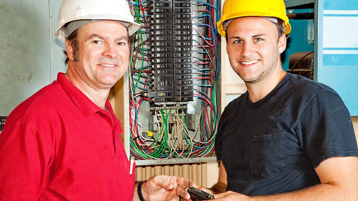 Polski elektryk w mieście Nowy Jork -  Ampol Electrical Contractors na Maspeth