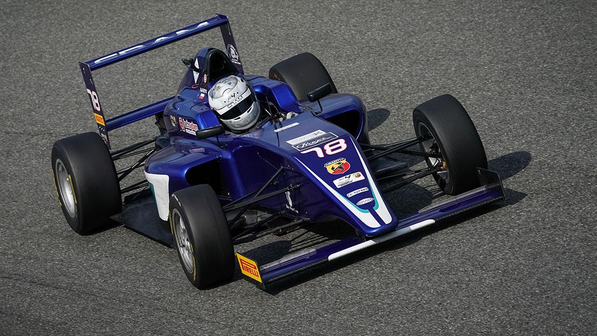 Mateusz Kaprzyk testuje na legendarnym torze F1 Autodromo Nazionale di Monza