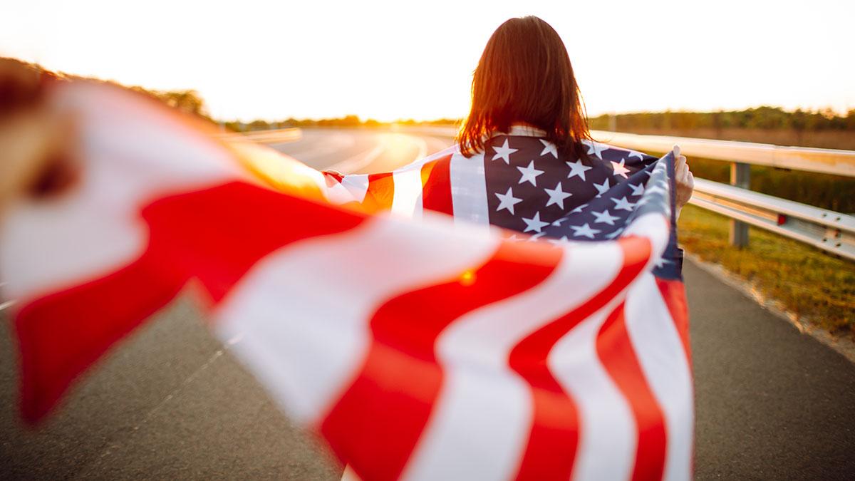 Rekordowa ilość Amerykanów rezygnuje z obywatelstwa w 2020 r.