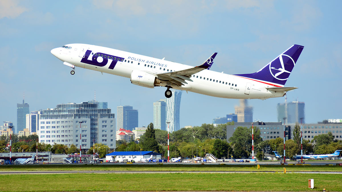 Bezpośrednie loty z USA do Polski do 24 sierpnia PLL LOT