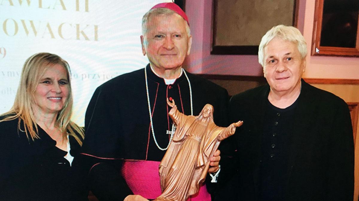 Artysta Leonard Szczur z Chicago odznaczony Złotym Orderem Św. Stanisława Męczennika
