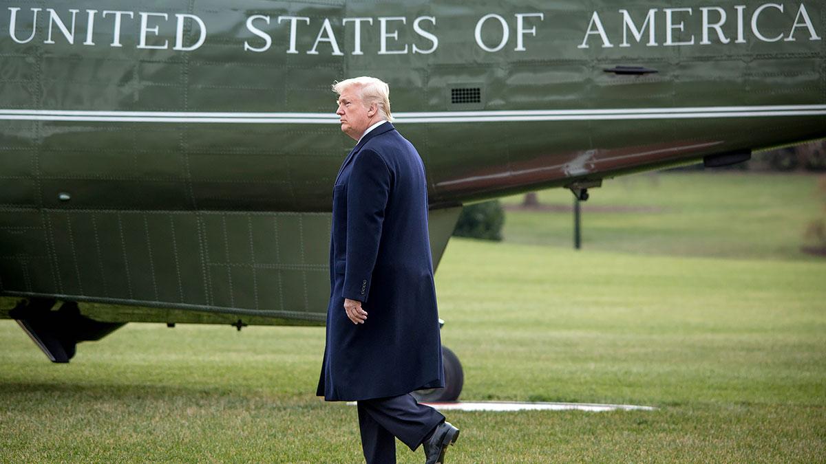 """Trump: Polegli na wojnie amerykańscy żołnierze, to """"przegrani"""" i """"frajerzy"""""""
