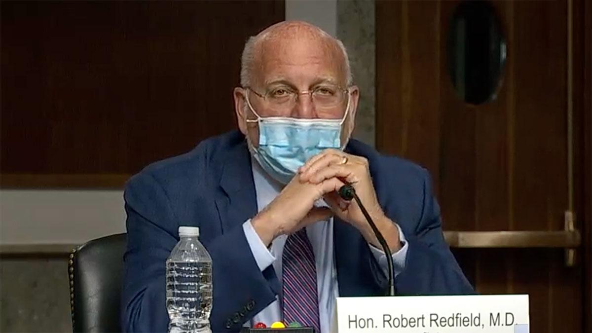 Wybrany przez Trumpa szef CDC: Maska lepiej zabezpiecza przed koronawirusem niż szczepionka