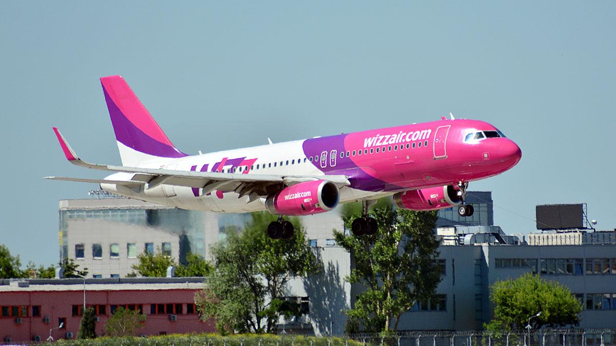 Polityka niszczy branżę lotniczą w Polsce bardziej niż koronawirus