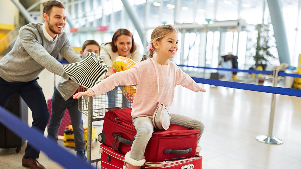 PLL LOT, aby przetrwać, stawia na rynek lotów turystycznych