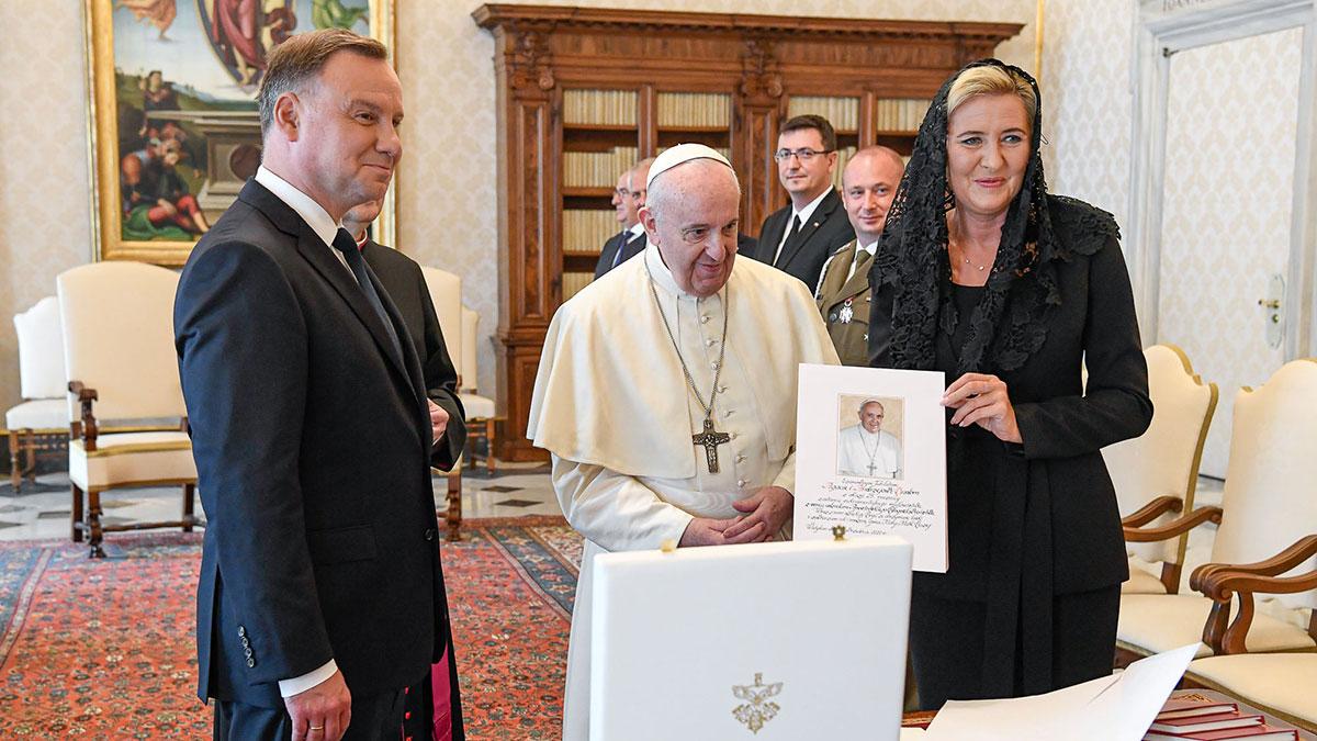 Polska Para Prezydencka na audiencji u Papieża Franciszka w Watykanie