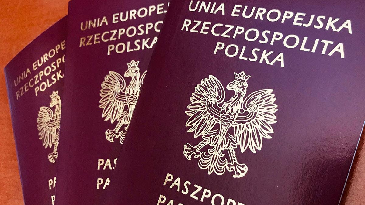 Konsulat RP w Nowym Jorku. Telefony i terminy wizyt na wyrabianie paszportów polskich
