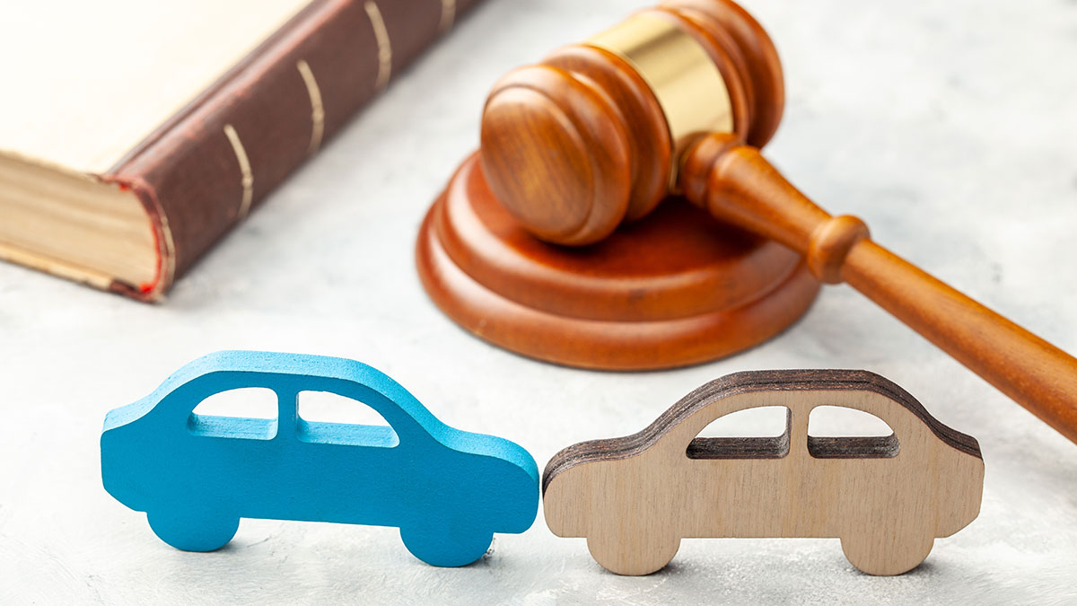Who Needs Medical and Legal Expertise after an Car Accident?