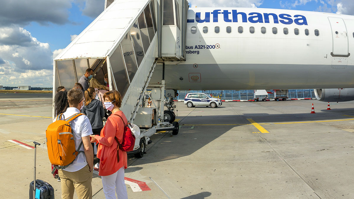 Na loty Lufthansy tylko maski typu FFP2, KN95 i N95