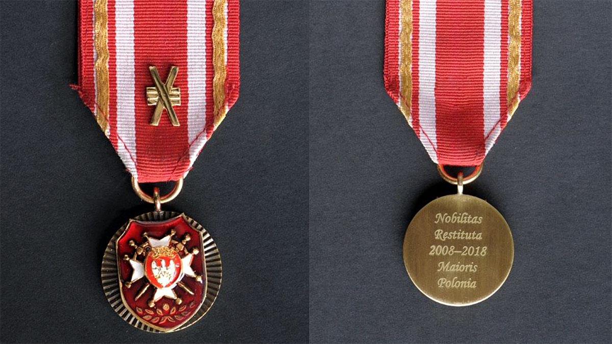 Medal od Stowarzyszenia Szlachty Wielkopolskiej dla Profesora Mirosława Matyi