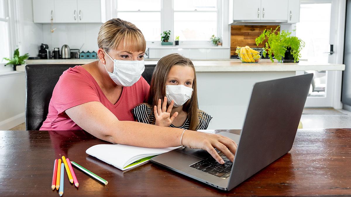 Warsztaty psychoedukacyjne online dla rodziców prowadzi Joanna Grochowska
