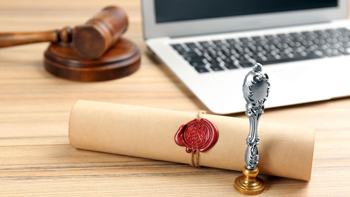 Czemu nie sporządzać testamentu online? - polski adwokat z Nowego Jorku radzi