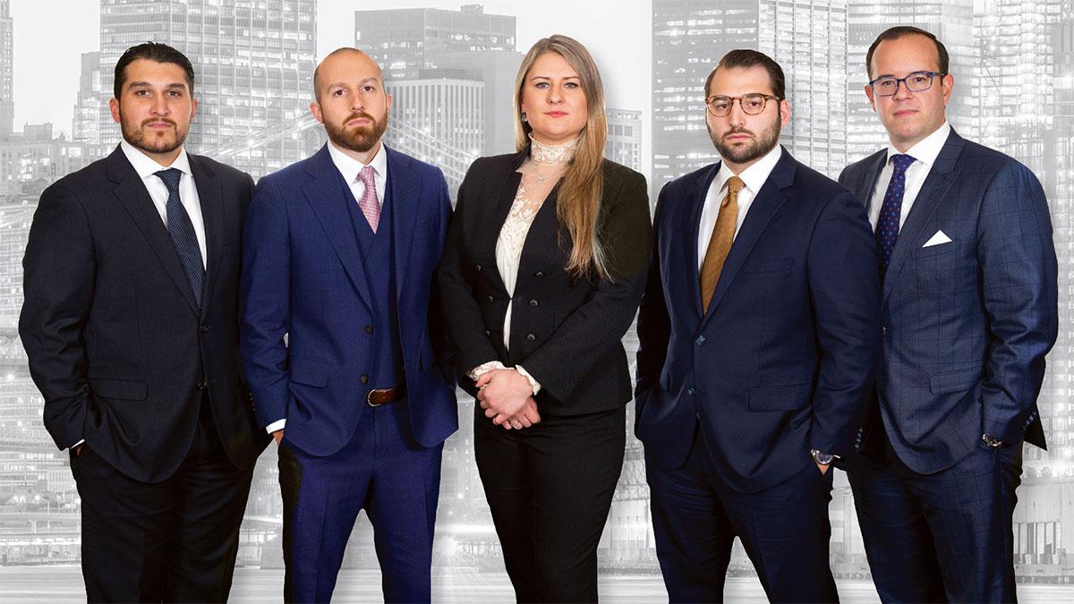 Polski adwokat Ewelina Sierzputowski na wypadek w pracy w NY z kancelarii Liakas, PC