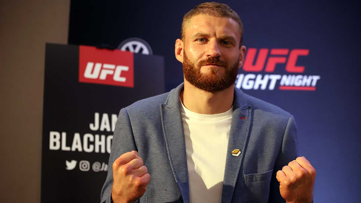 Jan Blachowicz continues Fairy Tale Journey with Comprehensive Victory over Israel Adesanya
