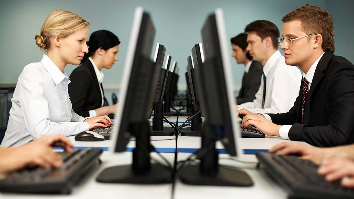Kobieta na rynku pracy - w których branżach znajduje zatrudnienie?