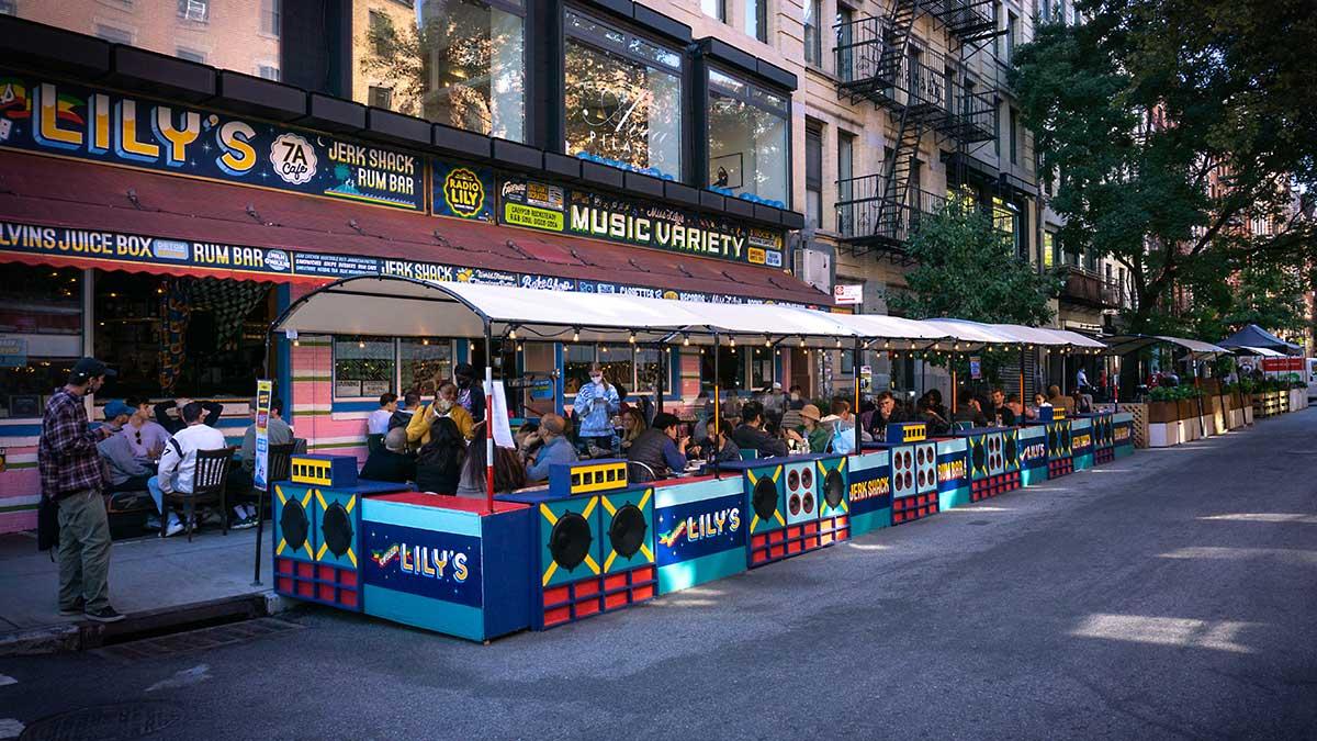 Stan Nowy Jork znosi ograniczenia dotyczące lokali serwujących posiłki i napoje