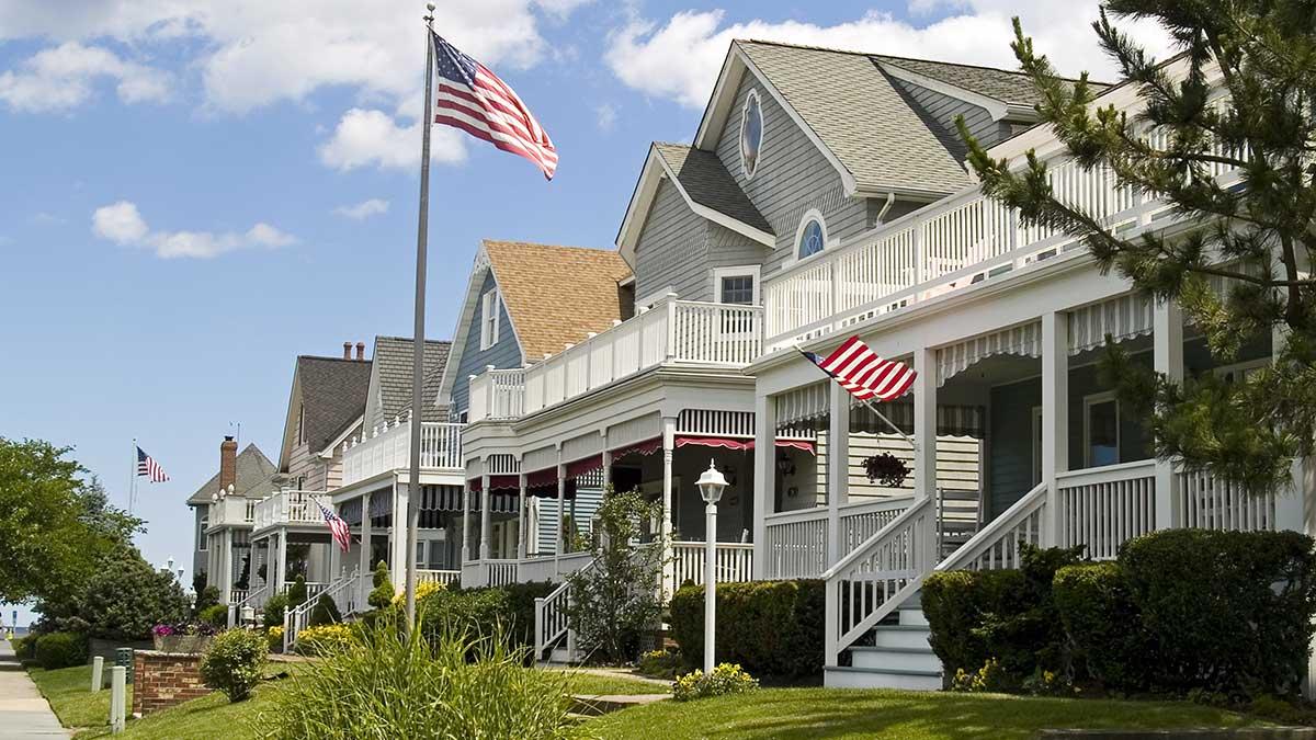 Domy w NJ w: Bergen, Passaic, Essex, Morris i Union oferuje agent Edyta Klawinowska