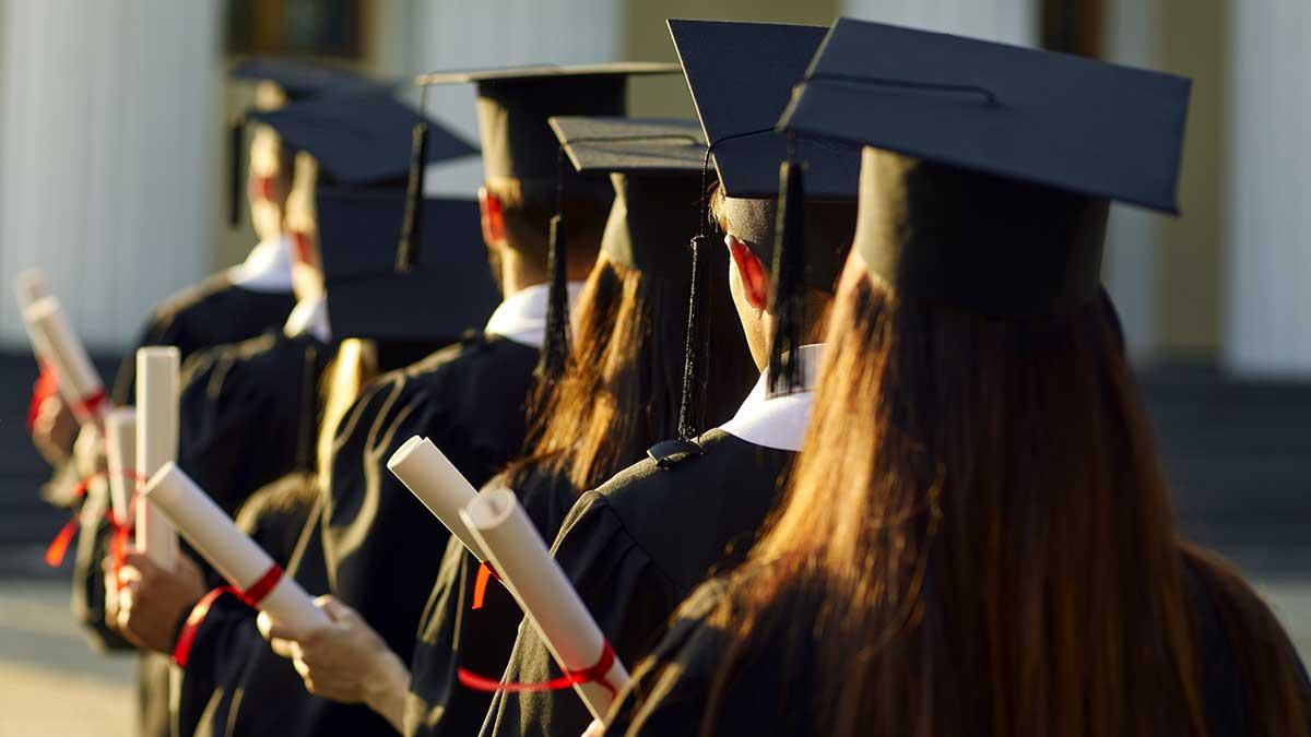 """Pierwsi zwycięzcy stypendiów na studia w SUNY lub CUNY w Nowym Jorku, uczestnicy programu """"Zaszczep się, aby stworzyć swoją przyszłość"""""""