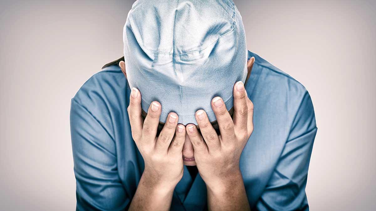 Od początku pandemii w USA na koronawirusa zmarło ponad 600,000 Amerykanów