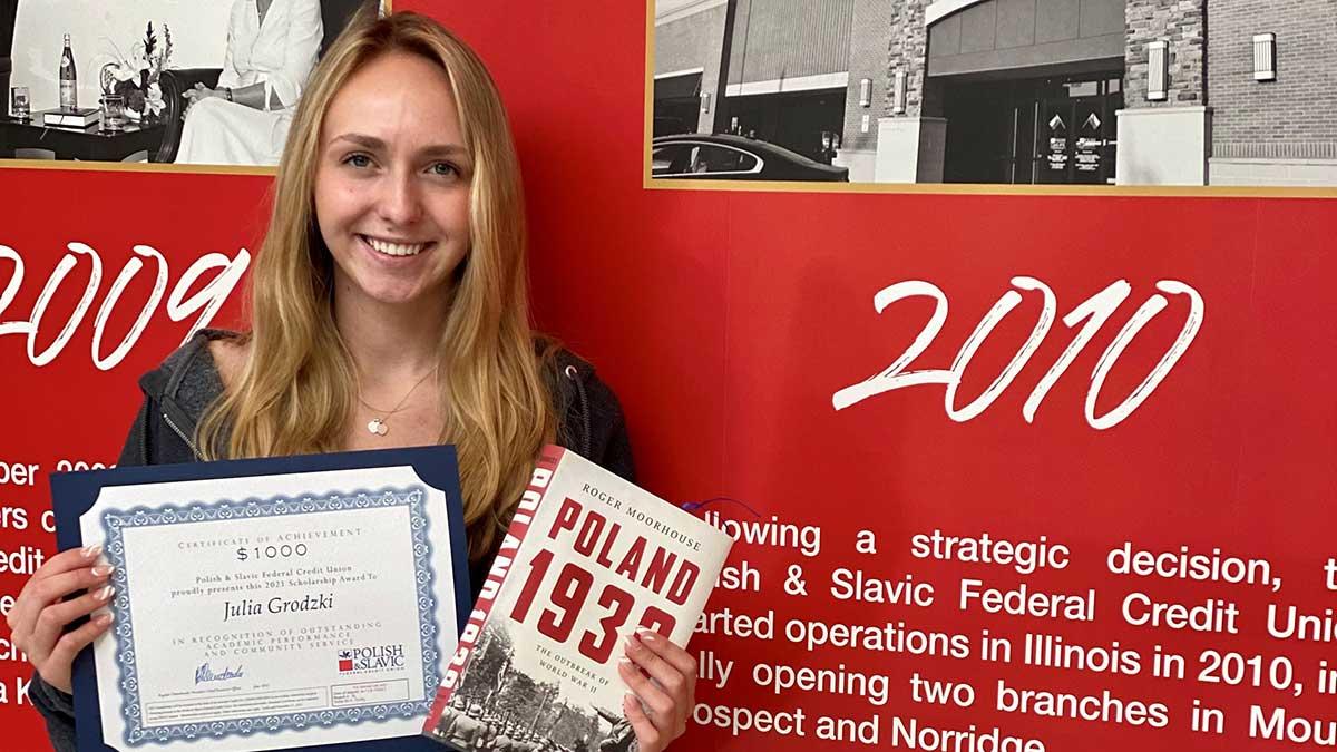 421 młodych Członków Polsko-Słowiańskiej Federalnej Unii Kredytowej nagrodzonych stypendiami