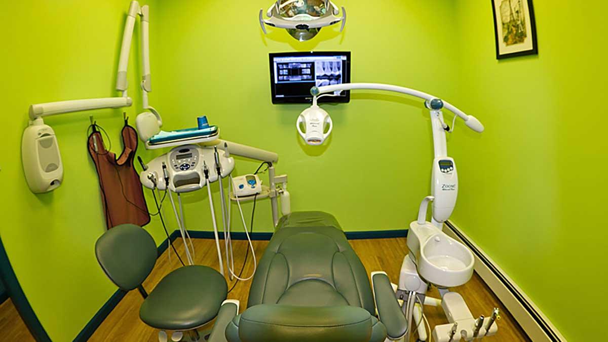 Polski dentysta Dorota Kwapisiewicz przyjmuje w City Dental Care na Ridgewood, NY