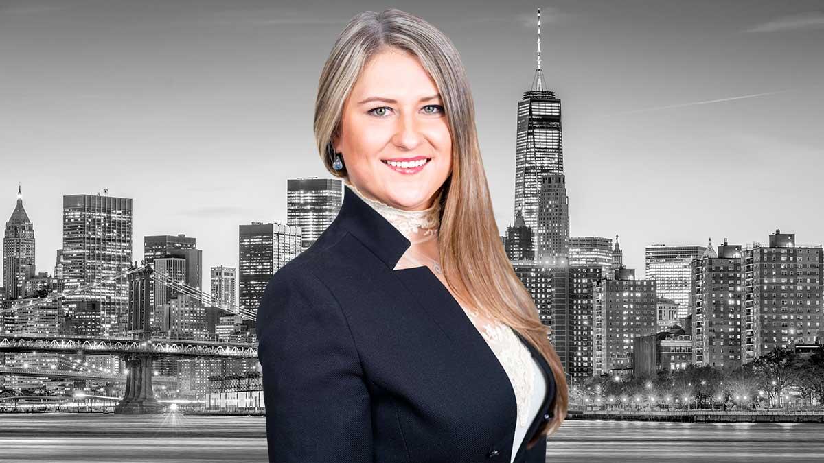 Ewelina Sierzputowska - polski adwokat od wypadków w Nowym Jorku w kancelarii Liakas Law