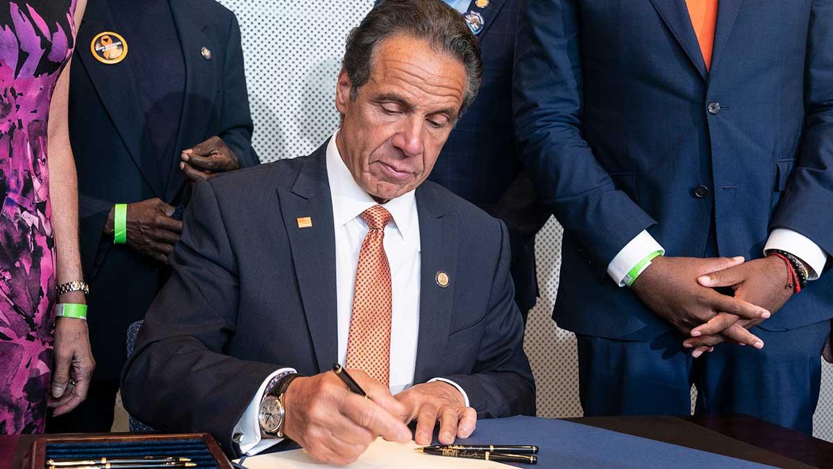 Ustawa eliminująca małżeństwa dzieci w stanie Nowy Jork podpisana