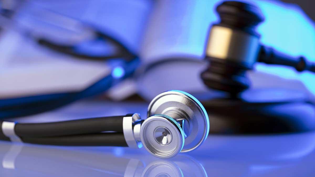 Najczęstsze błędy medyczne omawia adwokat z Karasik Law Group, NY