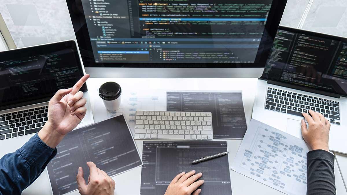 Stanowiska w branży IT z podwyżką do 40% w ciągu ostatniego roku