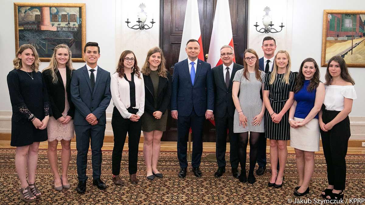 Dostań stypendium Polsko-Słowiańskiej Federalnej Unii Kredytowej na studia w USA