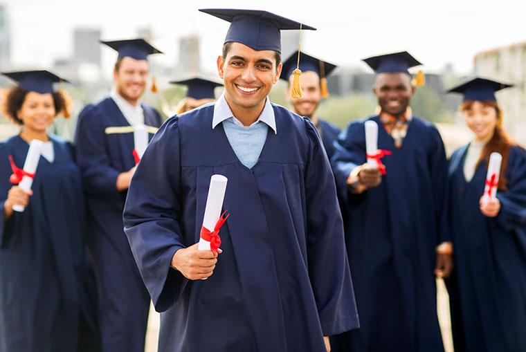 Prywatne pożyczki studenckie cuSchool, cuGrad (konsolidacyjne) w USA z United Poles FCU