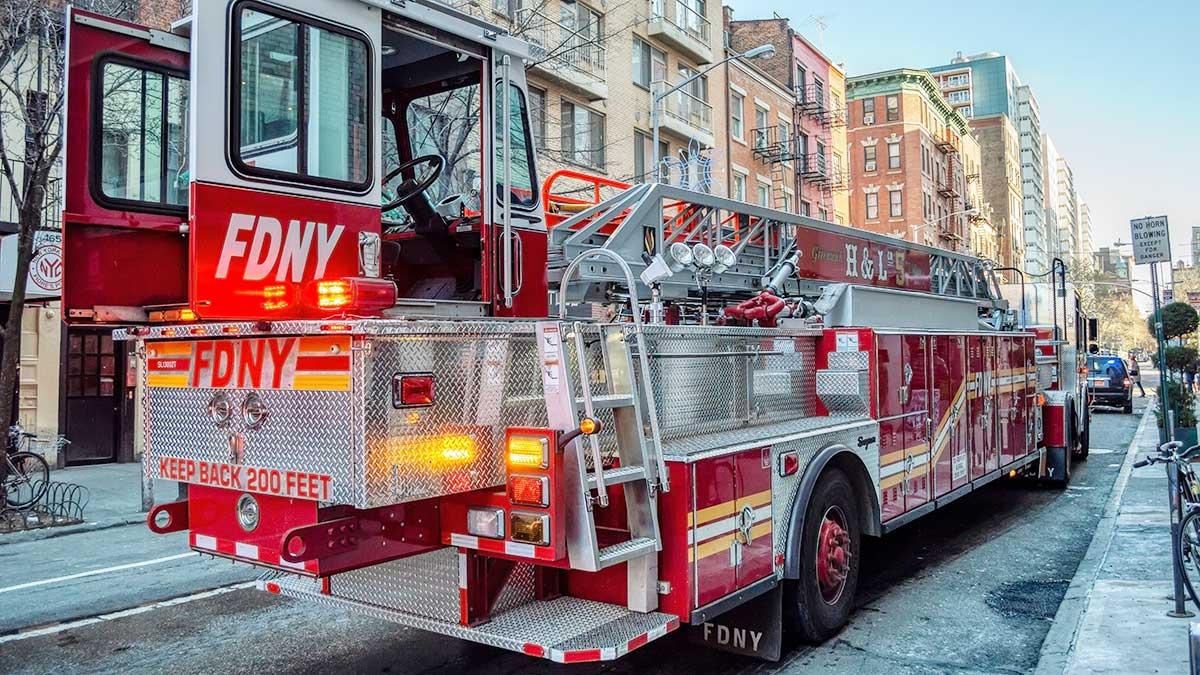 Pomoc w nagłych przypadkach: zadzwoń pod numer 911