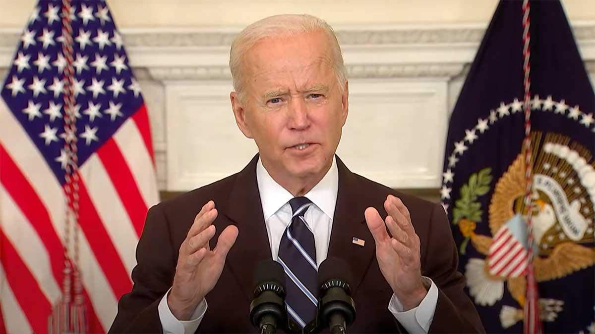 """Prezydent Biden ogłasza nowy, agresywny plan walki z """"pandemią niezaszczepionych"""""""