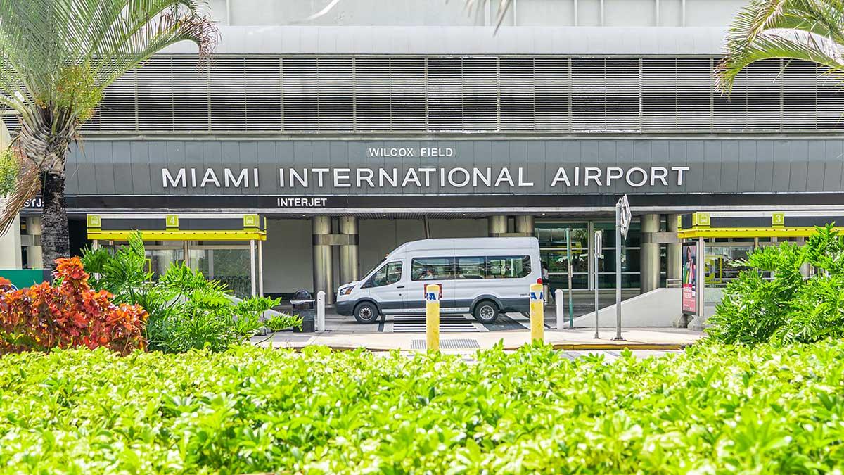 LOT przywraca trasy do USA. Od 10 grudnia loty z Warszawy do Miami, Floryda