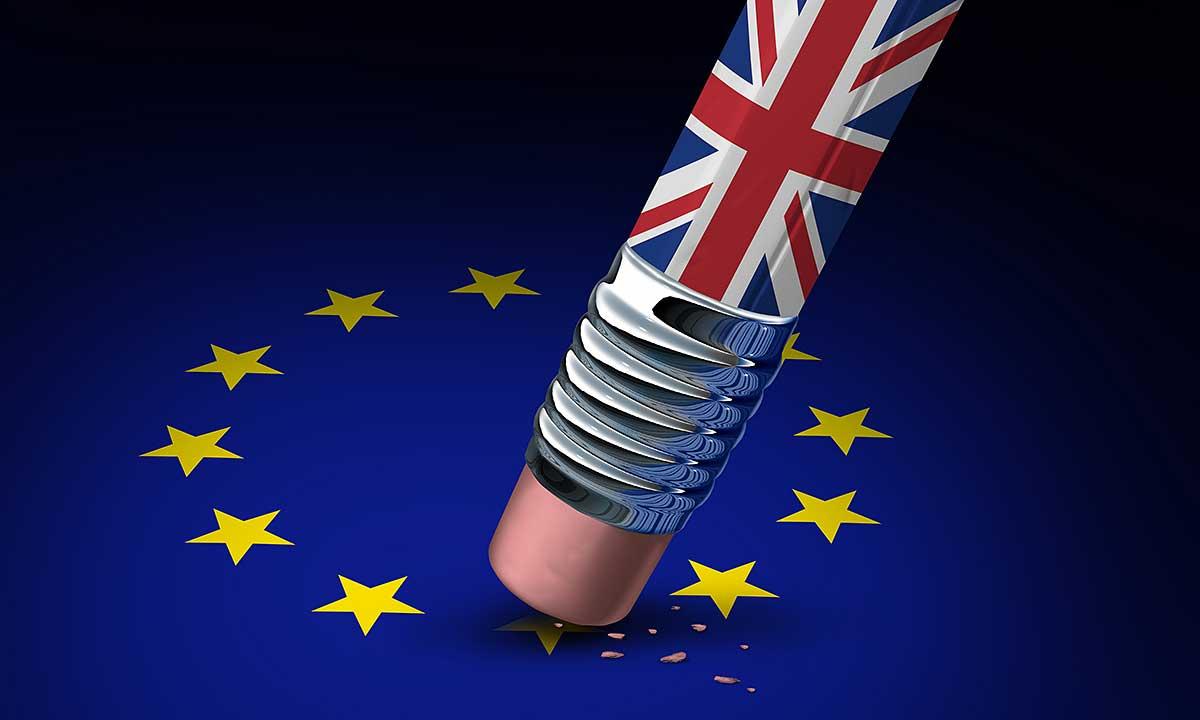 Podróż do Wielkiej Brytanii od 1 października, po brexicie, tylko z paszportem