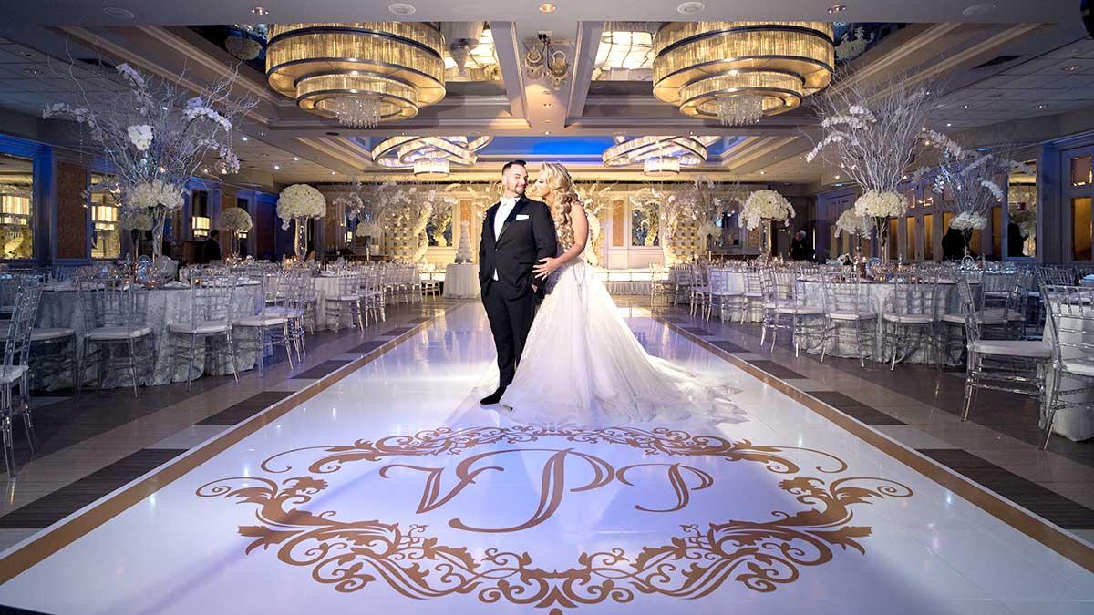 """Sala balowa na wspaniałe wesela, bankiety i przyjęcia w Nowym Jorku - """"Russo On The Bay"""""""