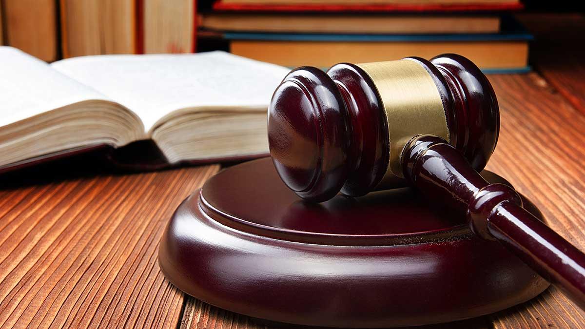 Adwokat na sprawy rodzinne i kryminalne w New Jersey - D. Marzec